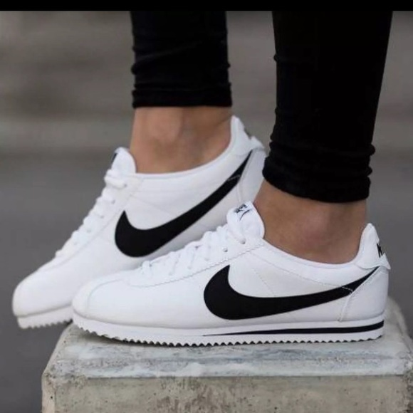 Papúa Nueva Guinea móvil no  Nike Shoes | Cortez | Poshmark